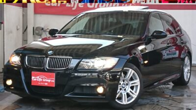 BMW 3シリーズ 325i Mスポーツパッケージ サンルーフ付き!! HIDプロジェクターヘッド&イカリング 黒革シート&パワーシート&シートヒーターで高級感ある室内スペース ワンオーナー!  月々3万円台 ☆車検2年付き☆