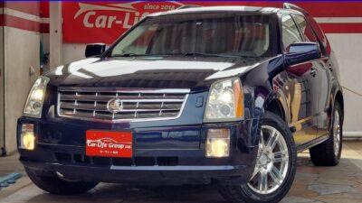 キャデラック SRX 4WD ☆総合評価優良車☆ 全長1.7メートルの開口部を持つウルトラビュー・サンルーフが付いてます♪♪♪ 景色や星空観察もできちゃいます♪♪♪ ホワイトレザーシート&パワーシート 室内も落ち着いた雰囲気で広々としてます! 4WDなので、どこでも行けちゃいます!! ☆車検2年付き☆